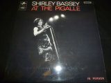 SHIRLEY BASSEY/AT THE PIGALLE